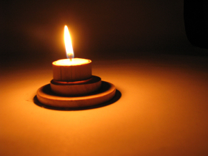 yahrtzeit candle